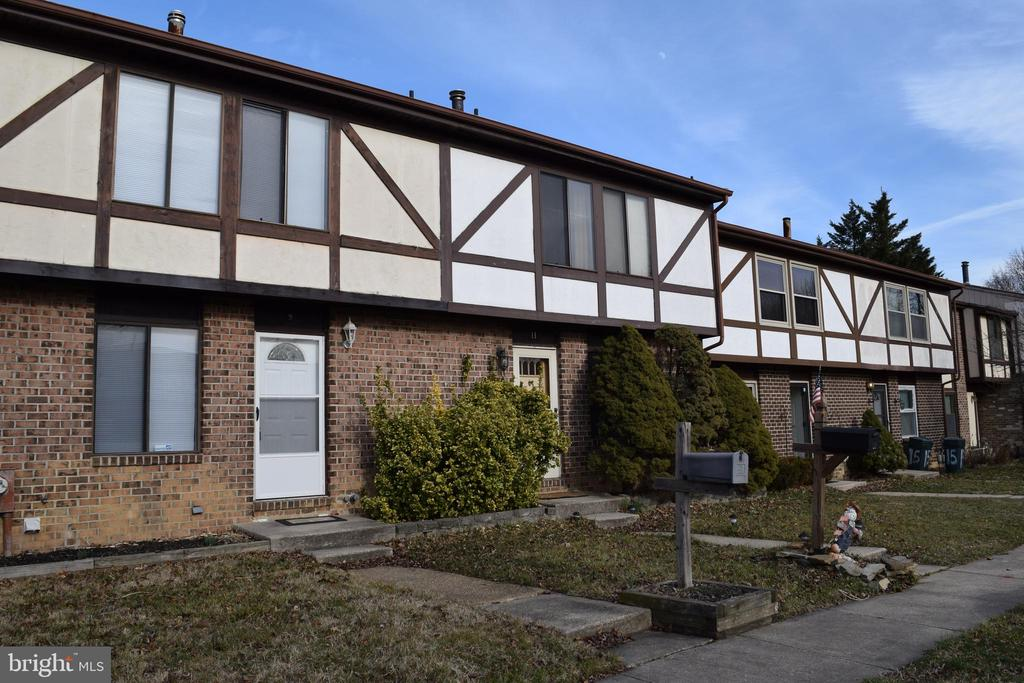 9 BORGIA COURT, PARKVILLE, Maryland 21234, 3 Bedrooms Bedrooms, ,2 BathroomsBathrooms,Residential Lease,For Rent,BORGIA,MDBC483982