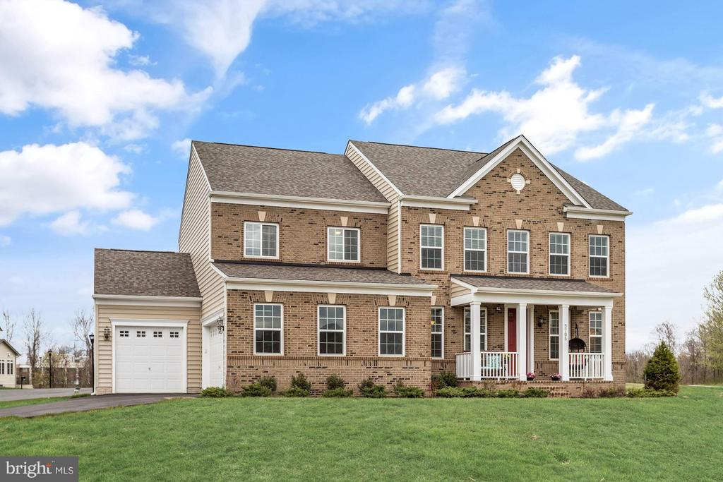 5705 ACHILLE LANE, ROCKVILLE, MONTGOMERY Maryland 20855, 5 Bedrooms Bedrooms, ,4 BathroomsBathrooms,Residential,For Sale,ACHILLE,MDMC694500